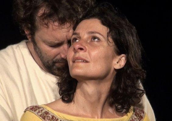 Louise Lemoine Torrès dans le rôle de Bérénice de Racine - mise en scène Jean-Luc JEENER, TNO, Paris & reprise & festival de Versailles